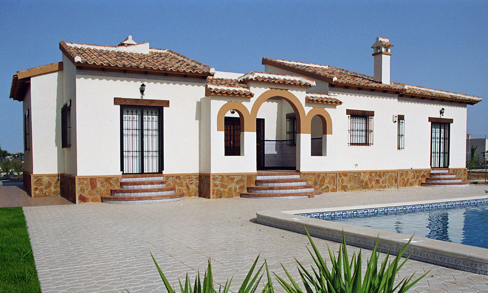 La-Finca-property-pool