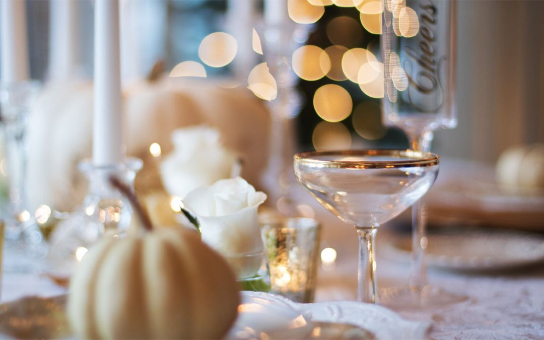 Tips to decorate your table for a special event at home